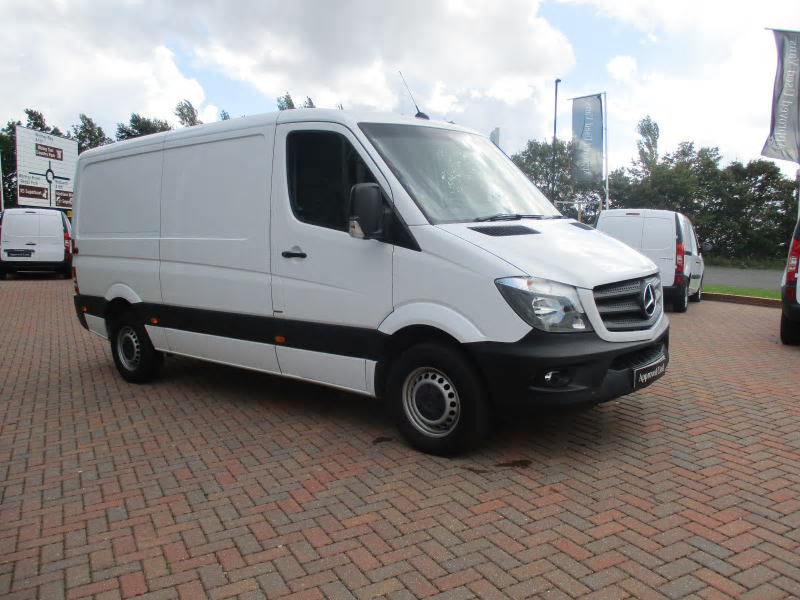 Mercedes-Benz Sprinter 211CDI Van