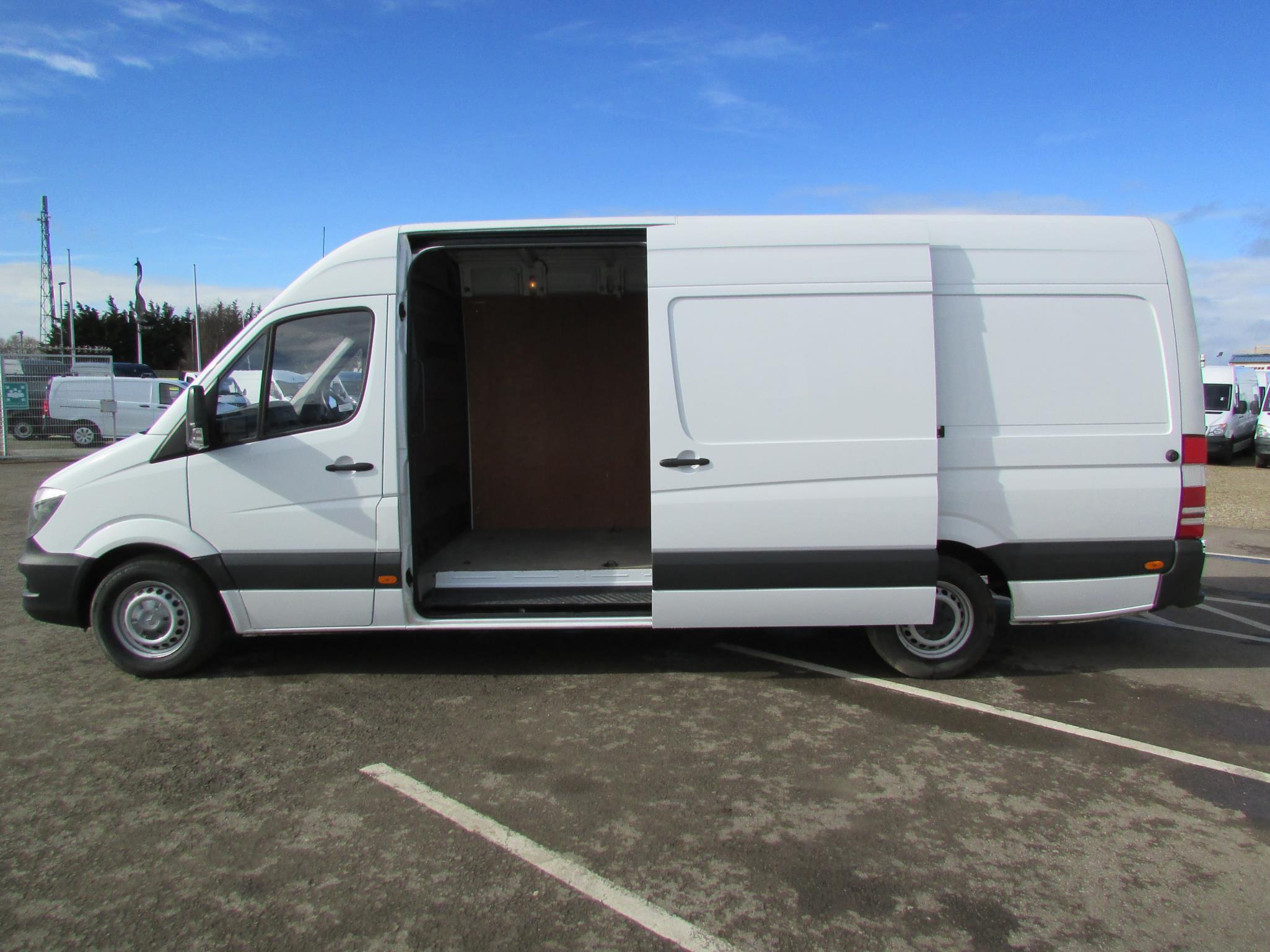 Mercedes benz sprinter 313cdi van bell truck and van for Mercedes benz of littleton colorado