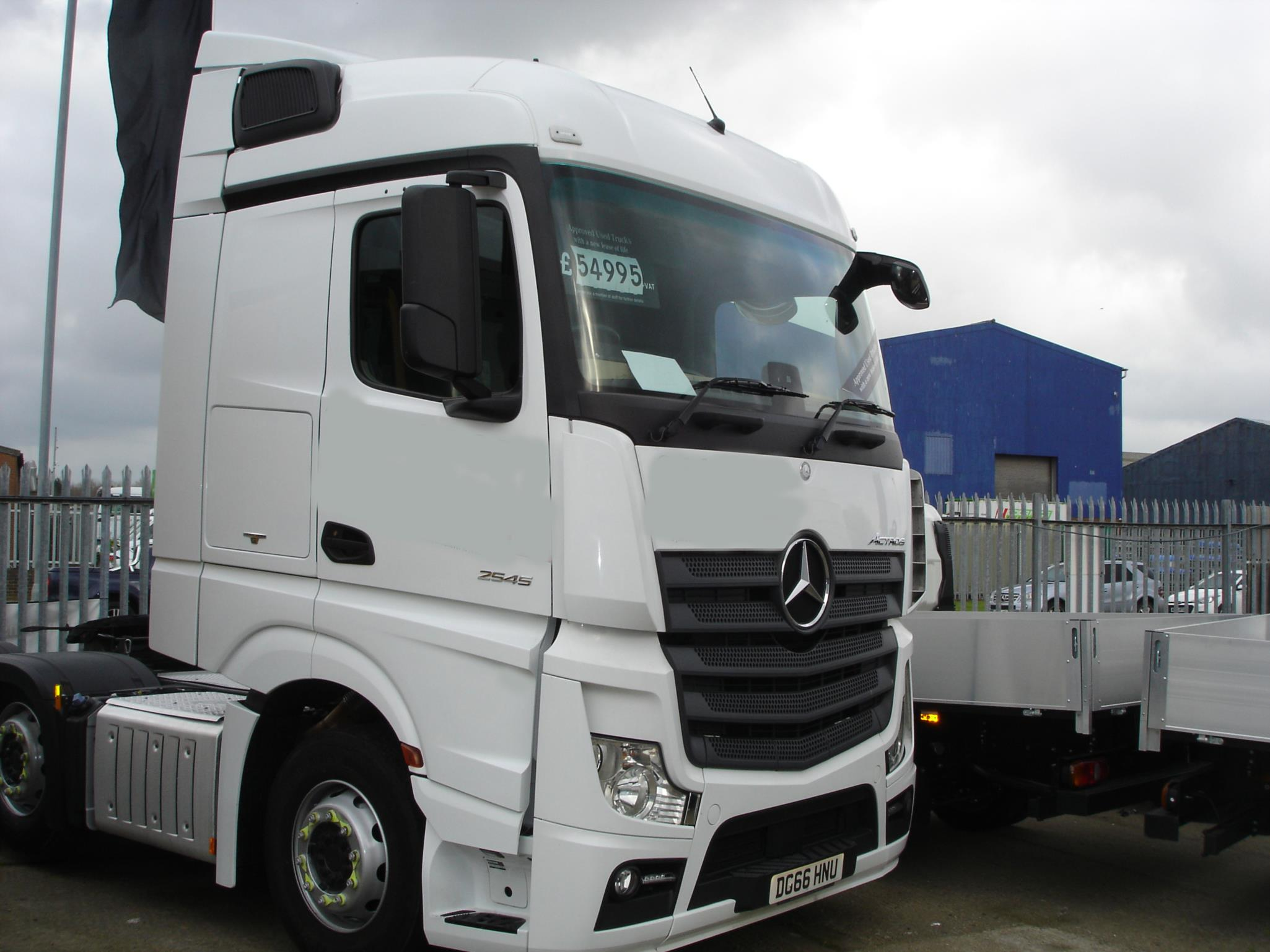 Mercedes-Benz New Actros 2545 6x2 Tractor Unit