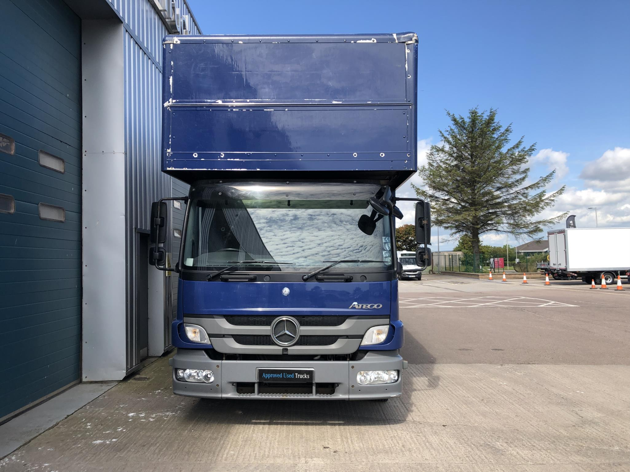 Mercedes-Benz Atego 822L Day Cab